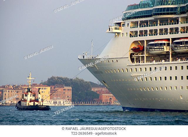 Venice Italy). I Trasatlantico leaving the city of Venice