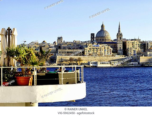 MALTA, VALLETTA, 13.01.2018, MLT , MALTA : view of Valletta : the dome of Our Lady of Mount Carmel and St. Pauls Cathedral , 13.01