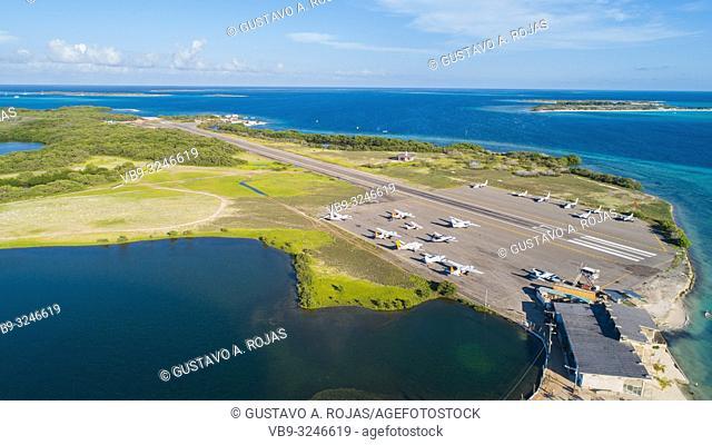 los roques gran roque airport