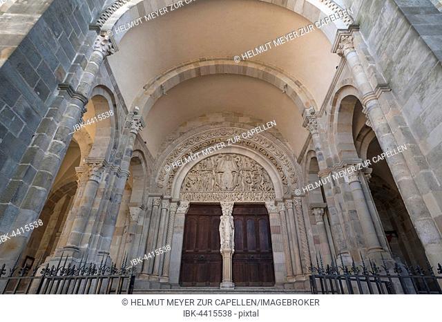 Romanesque tympanum, 1130, Cathedral of Saint Lazarus, Autun, Saône-et-Loire, France