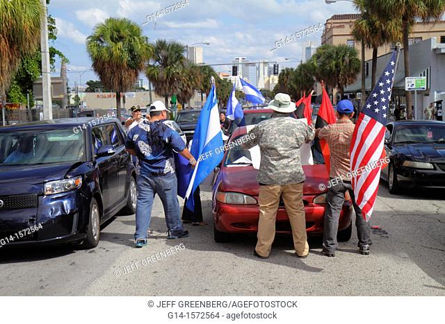 Florida, Miami, Flagler Street, near Consulate General of Nicaragua, protest, protesters, signs, demonstration, Spanish language