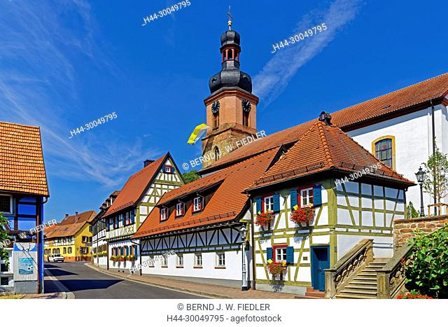 House lines, street view, parish church Saint Michaels, Rheinzabern Germany