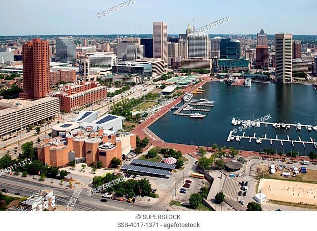 Maryland Science Center and the Baltimore Inner Harbor