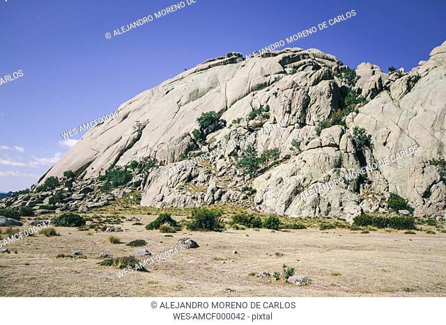 Spain, Manzanares el Real. Madrid, La Pedriza, view to Yelmo