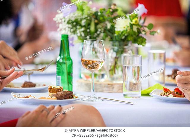 Wedding day close-ups