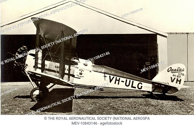 The last of the Qantas-built DH50s at Longreach in August 1929. de Havilland DH50J, VH-ULG, Hippomenes, and a DH61 opened the first regular Australia/England...