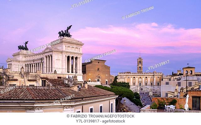 View of the monuments on Capitoline Hill (Altare della Patria on the left, Santa Maria in Ara Coeli in the middle, and Piazza del Campidoglio on the right)