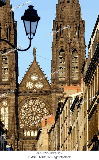 France, Puy de Dome, Clermont Ferrand, facade of the Notre Dame de l'Assomption cathedral