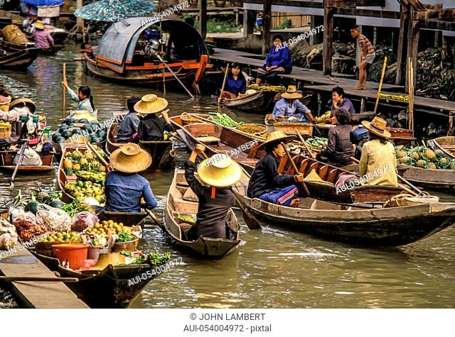 thailand, bangkok, floating market of damnoen saduak