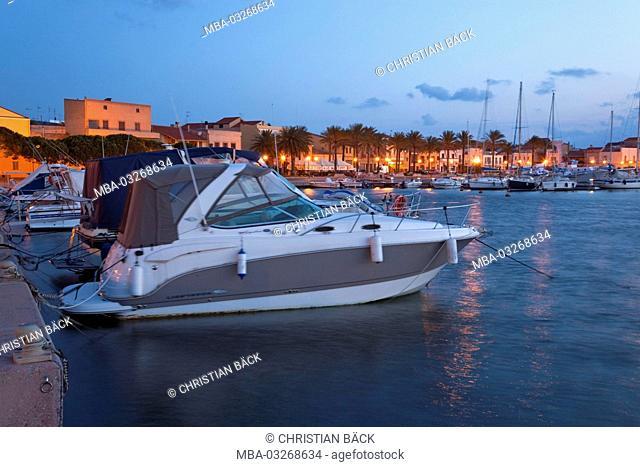 Italy, Sardinia, south Sardinia, south coast, Isola di Sant' Antioco, Sant' Antioco, harbour