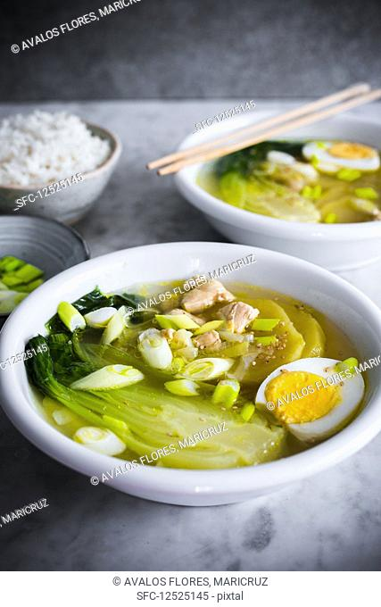 Pak choi soup with egg