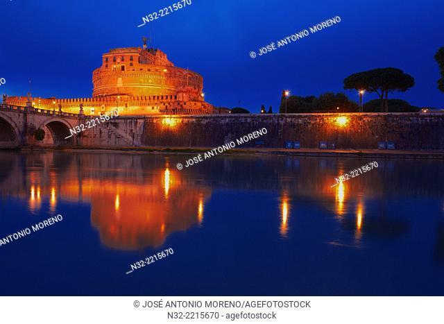 San Angelo Bridge, Castel sant Angelo, Tiber River, Sant Angelo Castel at Dusk, Mausoleum of Hadrian, Rome, Lazio, Italy