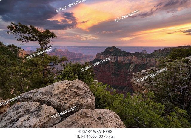 USA, Arizona, Grand Canyon National Park, North Rim, Grand Canyon at sunset