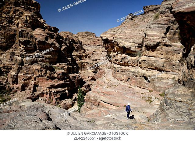 Trail and landscape. Jordan (Hashemite Kingdom of), Ma'an Governorate (Maan), ancient city of Petra