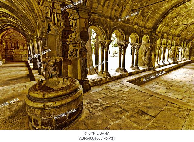 France, Arles, St Trophime, The cloister, interior