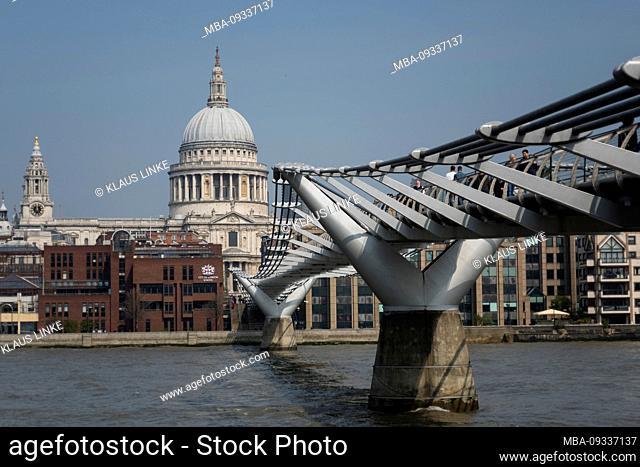 London, St. Paul's Cathedral, Millenium Bridge, Thames, City of London, Southwark