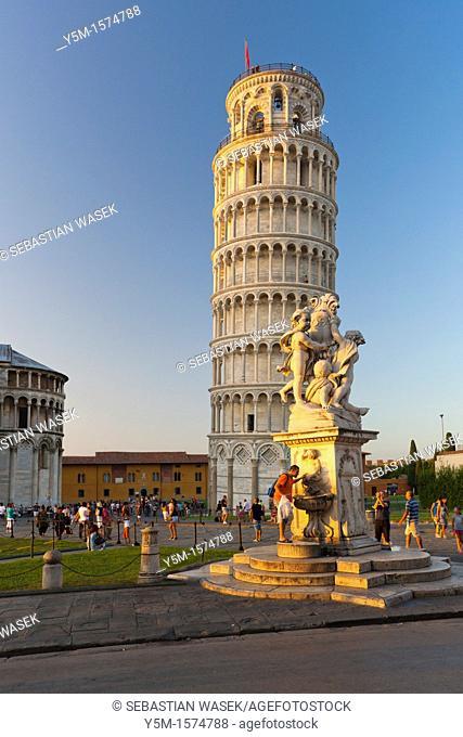 The Leaning Tower of Pisa Torre pendente di Pisa and Fontana dei Putti, Pisa, Toscana, Italy, Europe