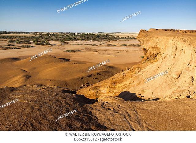 Australia, South Australia, Yorke Peninsula, Moonta, former copper-mining boom town, Moonta Mines, Richman's Trailing Heap, slag heap