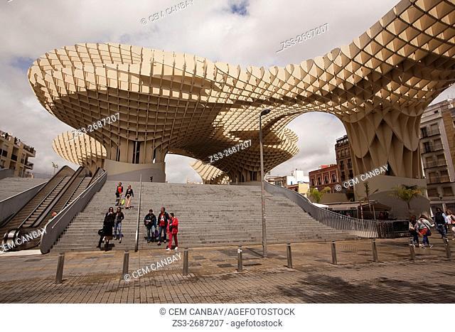 Visitors in front of the Metropol Parasol in Plaza de la Encarnación Square, Seville, Andalusia, Spain, Europe