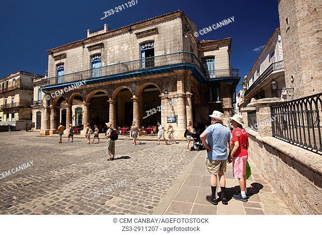 Tourists in front of the Casa Del Marquis De Aguas Claras in Cathedral Square in Old Havana-Havana Vieja, La Habana, Cuba, Central America
