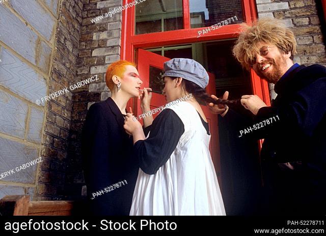 Eurotythmics - Annie Lennox (l) und David Stewart (r) - on 3 June 1983 in London. | usage worldwide. - London/United Kingdom of Great Britain and Northern...