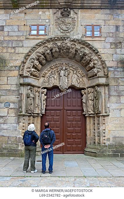 Portal of Colegio de San Jeronimo at Praza do Obradoiro, historic center of Santiago de Compostela, A Coruna, Galicia, Spain, Europe