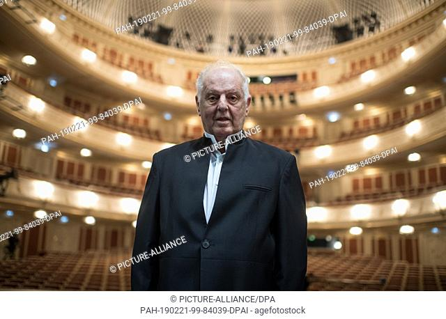 FILED - 29 September 2017, Berlin: General Music Director Daniel Barenboim stands in the hall of the renovated State Opera