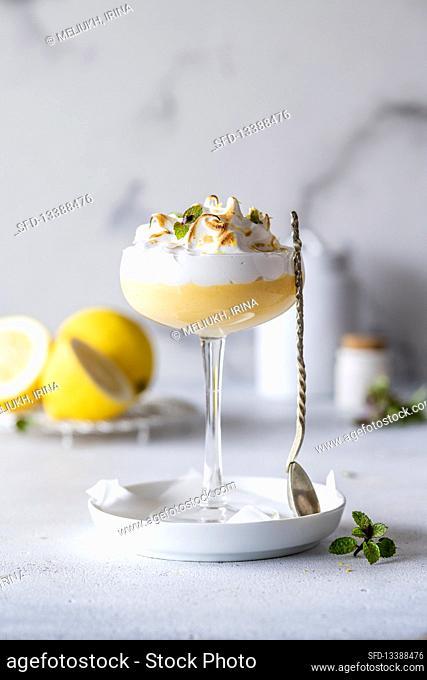 Lemon curd dessert with meringue
