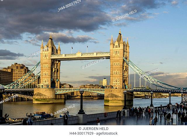 United Kingdom, England, London,Tower Bridge at sunset in Autumn, Greater London, Thames River