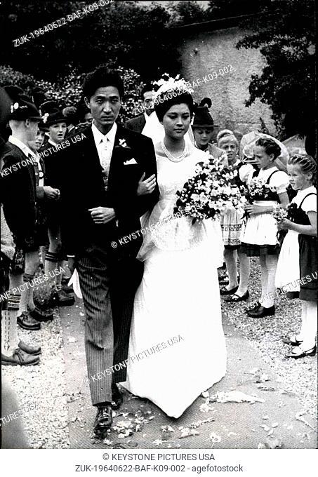 Mariko Okada Stock Photos And Images Agefotostock