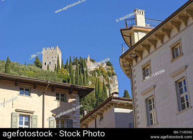 View from Piazza Novembre to the medieval castle ruins Castello di Arco, Arco, Valle de Sarco, Lake Garda North, Trento, Trentino-Alto Adige, Italy, Europe