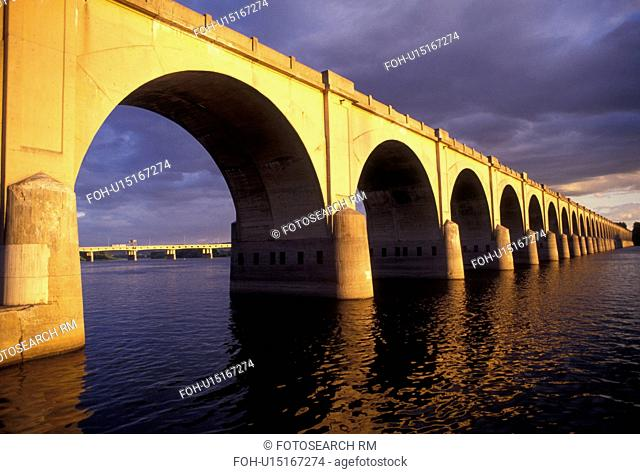 bridge, arch, Harrisburg, Susquehanna River, Pennsylvania, An arched bridge crosses the Susquehanna River in Harrisburg the capital city in the state of...