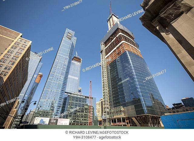 Construction in and around the Hudson Yards development, including Brookfield Manhattan West, right, in New York on Saturday, March 31, 2018