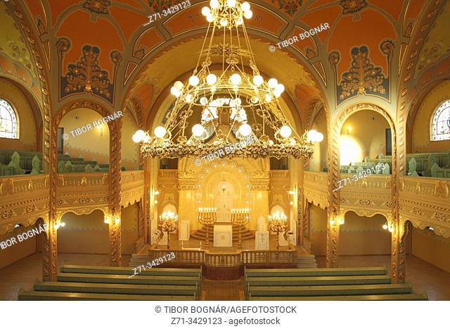 Serbia, Vojvodina, Subotica, Synagogue, interior
