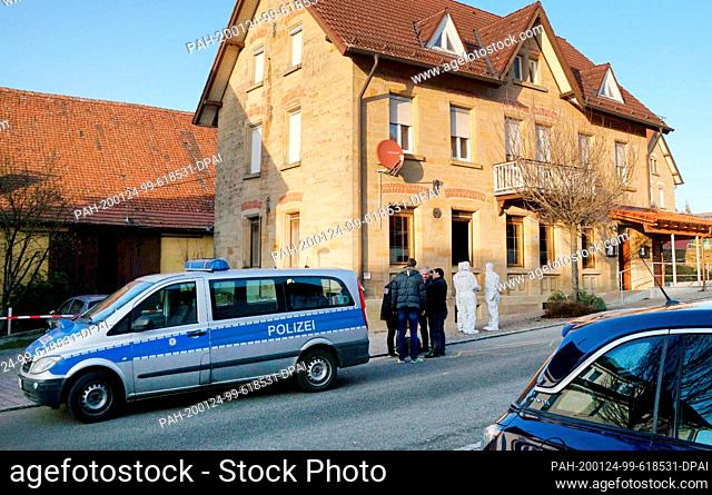 24 January 2020, Baden-Wuerttemberg, Rot am See: After shots were fired in Rot am See in the north-east of Baden-Württemberg