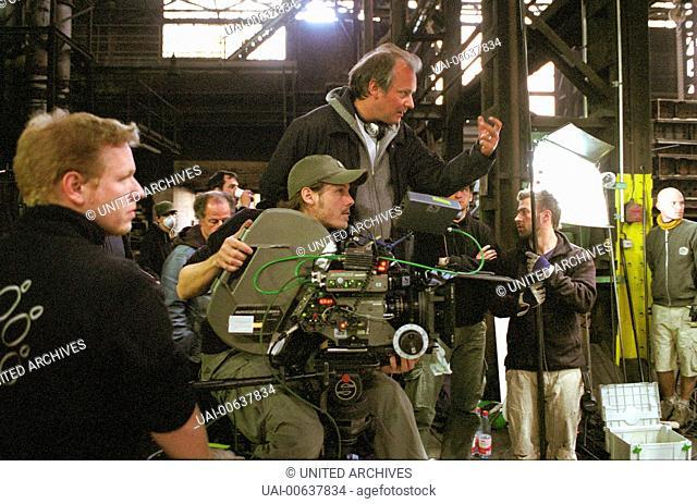 Ossi's Eleven / Regisseur OLIVER MIELKE und Kameramann THOMAS WITTMANN Regie: Oliver Mielke aka. Ossi's Eleven / OSSI'S ELEVEN Deutschland 2008