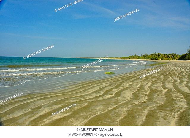 Sea beach of Saint Martin's Island at Teknaf in Cox's Bazar It is the only coral island of Bangladesh and one of the famous tourist destinations of the country...