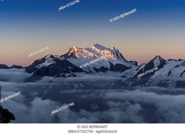 Switzerland, canton Valais, district Entremont, Verbier, sunrise, 3329 m high Mont-Fort