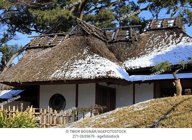 Japan, Hiroshima, Shukkeien Garden, Meigetsu-tei, Teahouse, winter, snow,