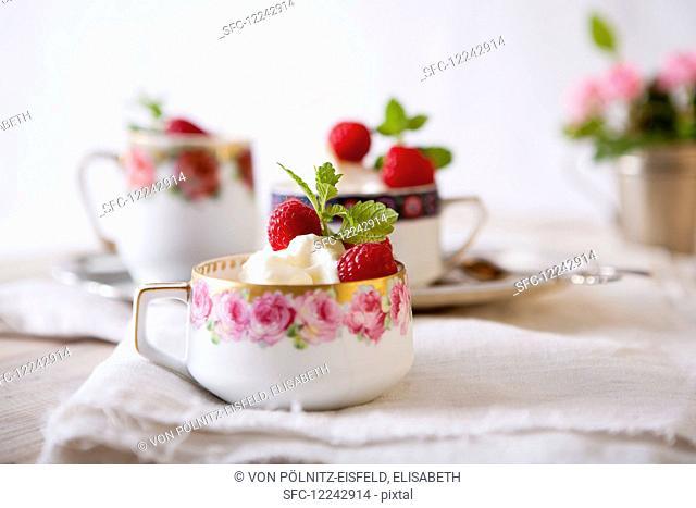 Elderflower ice cream with raspberries