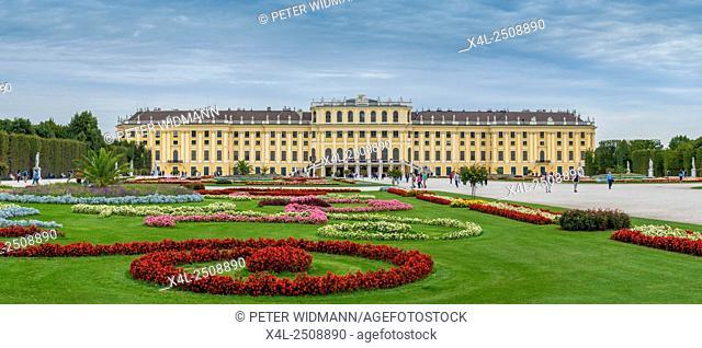 Schloss Schoenbrunn Palace, Vienna, Austria, Europe