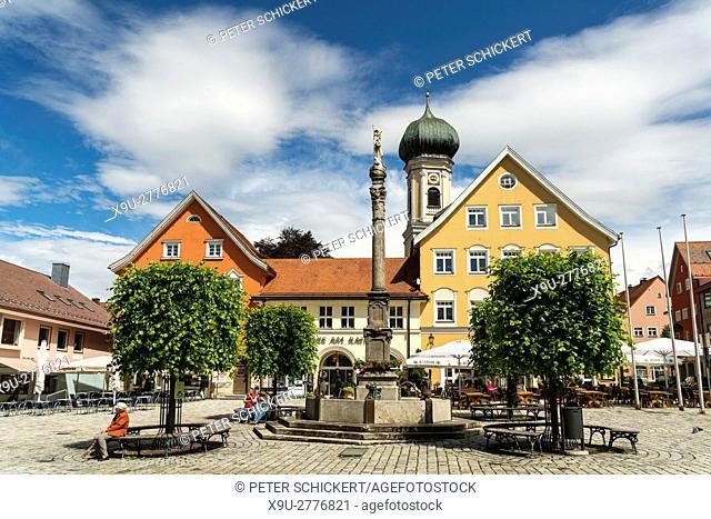 central square Marienplatz and St. Josef church, Immenstadt im Allgäu, Oberallgäu, Bavaria, Germany