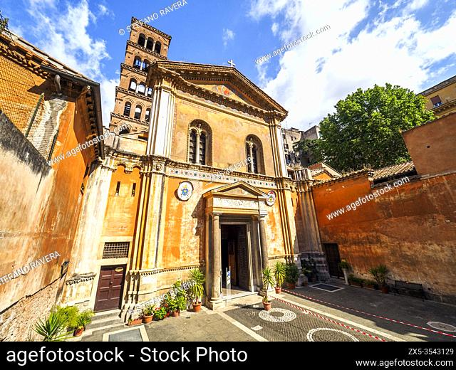 Basilica di Santa Pudenziana - Rome, Italy