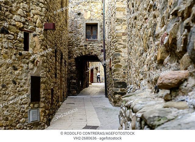 Basalu jewish quarter streets