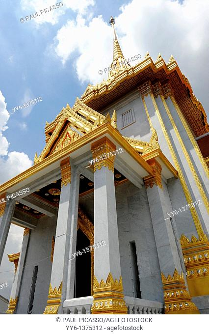Wat Traimit Phra Maha Mondop Scripture Library of the Golden Buddha , Chinatown , Bangkok , Thailand