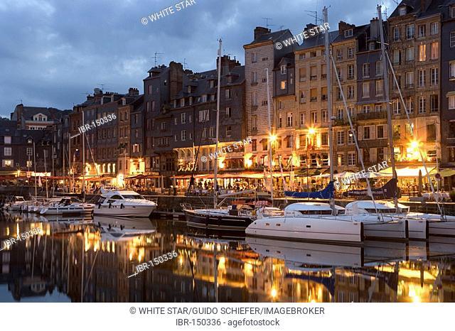 Vieux Bassin , Honfleurs , Calvados , Normandy , France , Europe