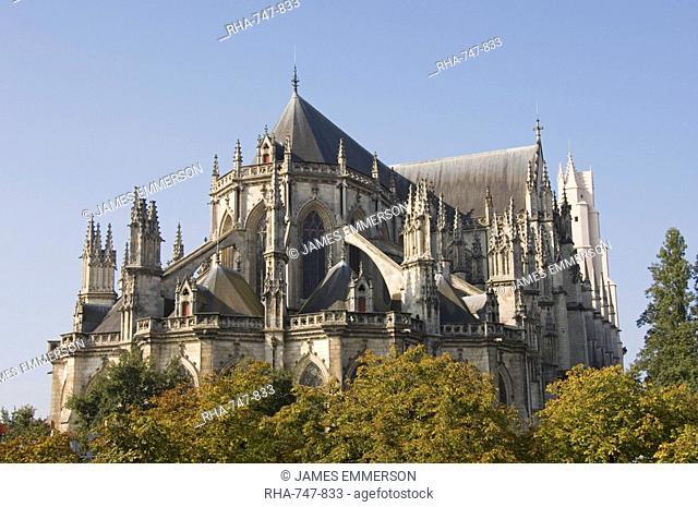 The Cathedral St.-Pierre et St.-Paul, Nantes, Pays de la Loire, France, Europe