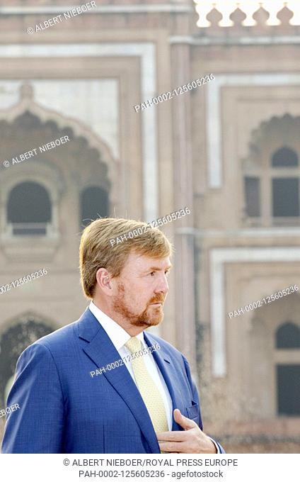 King Willem-Alexander and Queen Maxima of The Netherlands meeting of Nederlands Alumni at the Mausoleum of Safdarjung in Delhi, on October 15, 2019