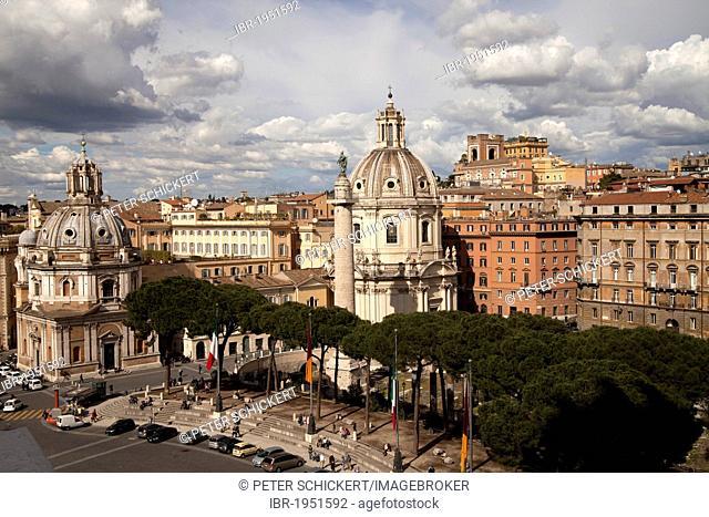 The twin churches of Santa Maria di Loreto and Santissimo Nome di Maria al Foro Traiano with Trajan's Column, Rome, Italy, Europe