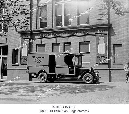 Thompson's Dairy Truck, Washington DC, USA, National Photo Company, May 1925